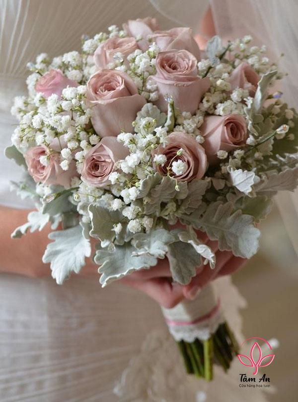 Kết quả hình ảnh cho bó hoa cưới hoa hồng