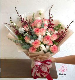 Bó hoa lẵng mạn tươi sáng sản phẩm của shop hoa Tâm an
